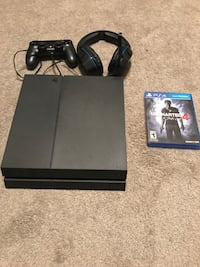 black Sony PS4 console with controller Huntersville, 28078