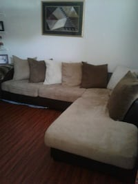 brown and black sectional couch El Paso, 79938