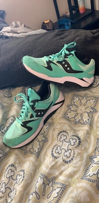 Saucony shoes 10.5 BRAND NEW Yakima, 98908