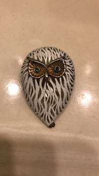 Vintage owl brooch 1950s Los Angeles, 91324