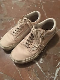 sneakers basse bianche di Vans off the Wall