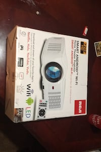 720P /HD ANDROID Home Theatre Projector