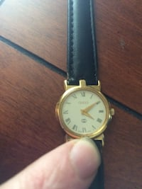 Gold vintage GUCCI wrist watch Counce, 38326