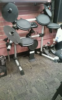 Simmons electric drum set 202498-1