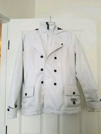 Burton White Jacket De Winton, T0L 0X0