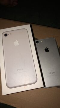 Silver iphone 7  Banning, 92220