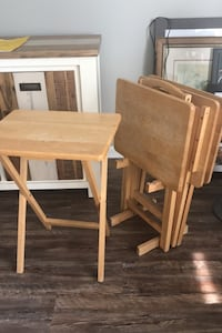Set of 4 mini tables and stand Detroit, 48226