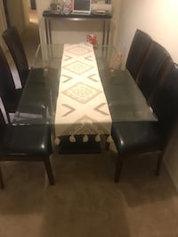 SIX SEATER DINING ROOM TABLE Laurel, 20723