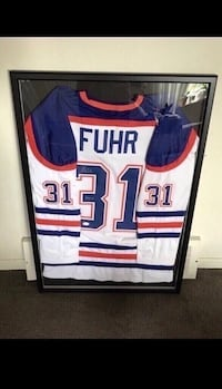 Grant Fuhr signed and framed Edmonton Oilers jersey  Châteauguay, J6K 2A7