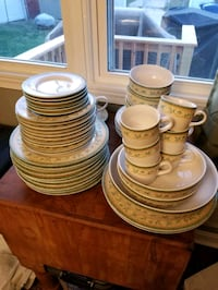 Pfaltzgraff French Quarter  Dish set  Dundalk, 21222