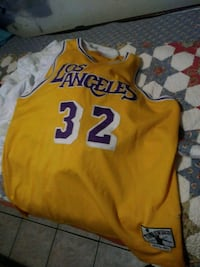 yellow and white Los Angeles Lakers Kobe Bryant jersey Brownsville, 78521