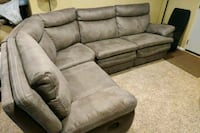 Sectional Couch in perfect condition hardly used Pittsburgh, 15234