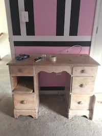 Antique desk/ vanity Woodbridge, 22193