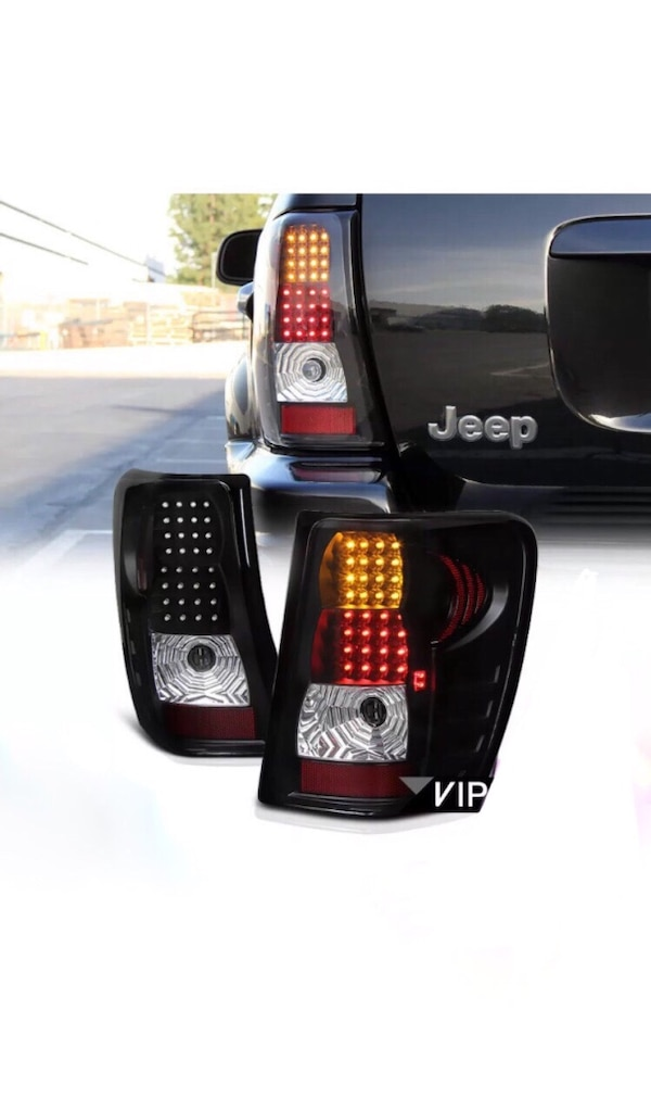 1999-2004 JEEP GRAND CHEROKEE LED TAIL LIGHTS (OPEN BOX)