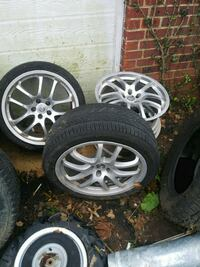 Must sell!!!07' Infinity G35 coupe rims 107 mi