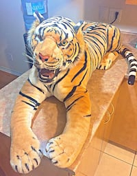 Yellow and black tiger plush toy Brossard