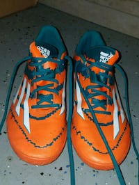 Mens Adidas Size 11 Indoor Soccer Shoes Hagerstown, 21740