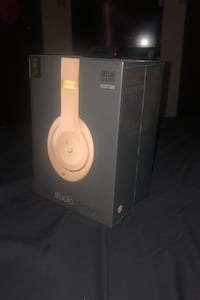 *BRAND NEW* Beats by Dr.Dre Studio3 //DESERT SAND//