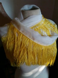 Charming Charlie white scarf with yellow fringe Oklahoma City, 73102