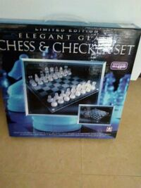 CHESS & CHECKER SET Columbus
