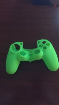 Ps4 controller grip London, N6G 5J4