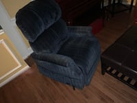 Lifter Recliner - Comfortable and Motorized! GAINESVILLE