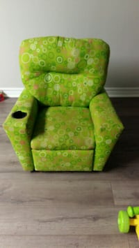 Kids recliner  724 km