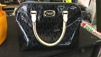 Micheal Kors bag  Wallingford, 06492