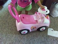Toddler's pink and white ride on toy Deal, 07723