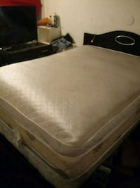 Bed set with dresser only askin 250 Las Vegas, 89119