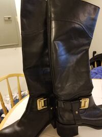 $35 OBO. Size 8 Vince Camuto 'finella' Black Leather Knee High Chunky Heeled Boot