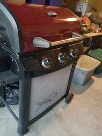 3 burner gas grill. Works great. Hagerstown, 21742
