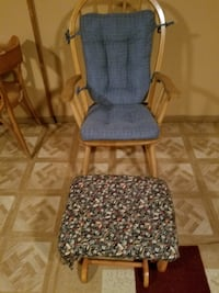 Rocking Chair with Ottoman Laurel