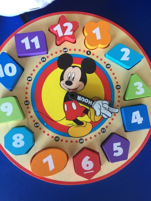 Talking Minnie Mouse plush & wooden shape sorting clock 4