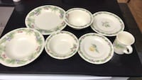 Pfaltzgraff set of dinnerware Fairfax, 22033
