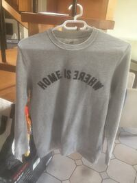 "Sweat "" Home is where ""  Paris, 75012"