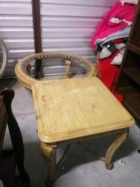 Living room table and side tables New Orleans, 70131