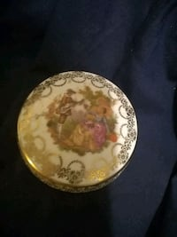 Limoge Trinket Box  Burlington, L7R 3P8