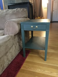 Hand painted side table or Night stand Kent, 98031
