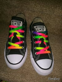 Converse Size 3.5 or 5.5 Women's Martinez, 30907