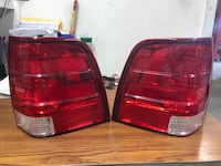 04-06 Ford Expedition tail lights Elkridge, 21075