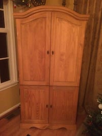 Solid wood armoire Newark, 19711