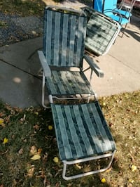 2 lounge chairs  Minneapolis, 55410