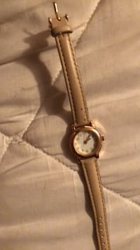 Rose gold watch with pink leather straps Dade City, 33523