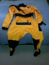 Stohlquist Dry suit
