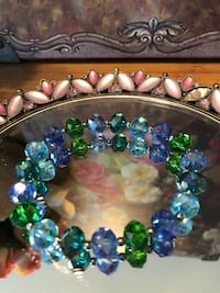 Pretty ! Blue Crystal Beaded Stretch Bracelet Gainesville, 20155