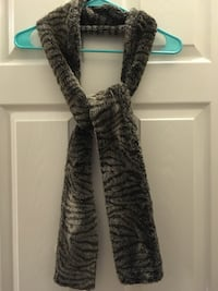 Women's Scarf - Gray