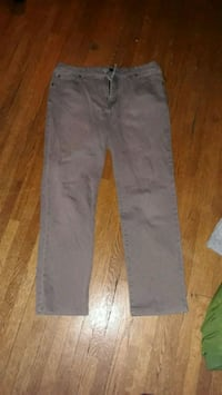 Awesome jeans. Never been worn. 904 mi