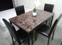 BRAND NEW Beautiful Dining Table & Chairs Faux Top We Offer FREE DELIVERY   El Paso, 79902