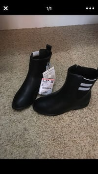 Pair of black leather booties from Zara  kids size9 1/2 Arlington, 76018